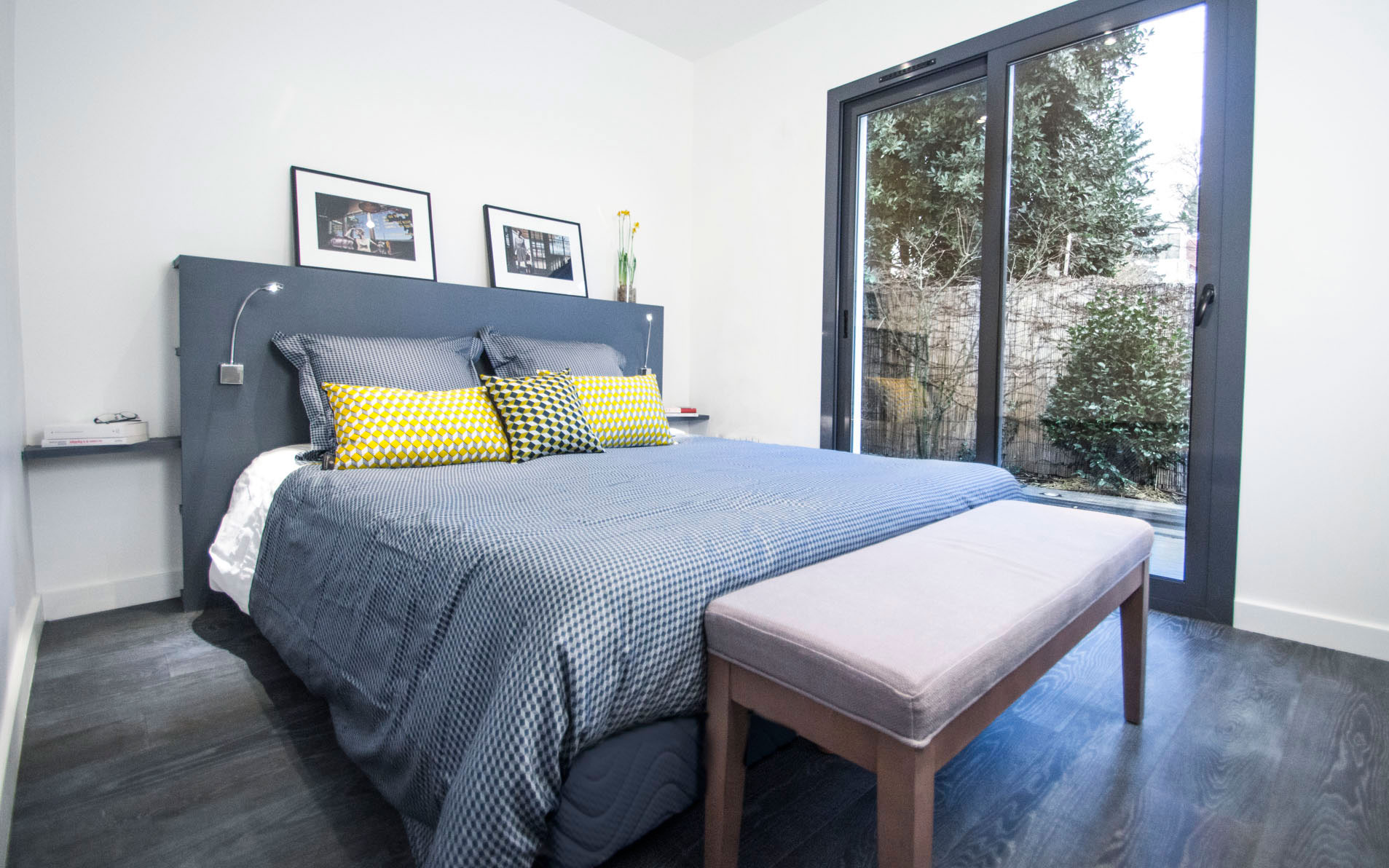 valerie burlot faire rentrer la lumi re chambre et bureau. Black Bedroom Furniture Sets. Home Design Ideas